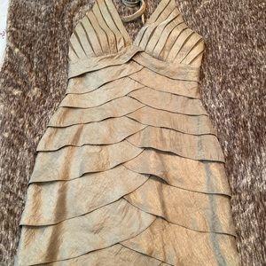 Women halter neck gold dress size 6 from cache